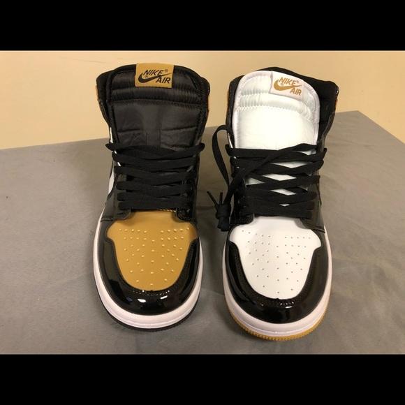 "b37546322631 Jordan 1 ""Gold Top 3"" Size 9.5"